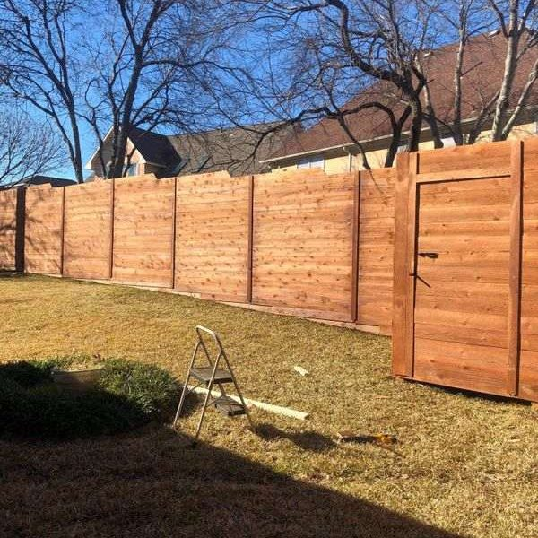 privacy wooden fence