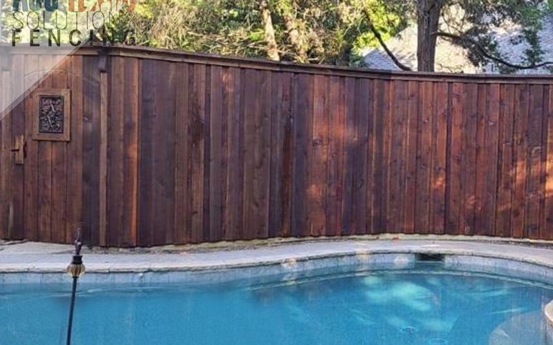 Benefits of a Cedar Fence in North Texas